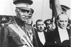 What is current outcome of Reza Shah giving up the strategcally crucial area of Qarasu to Turkey?